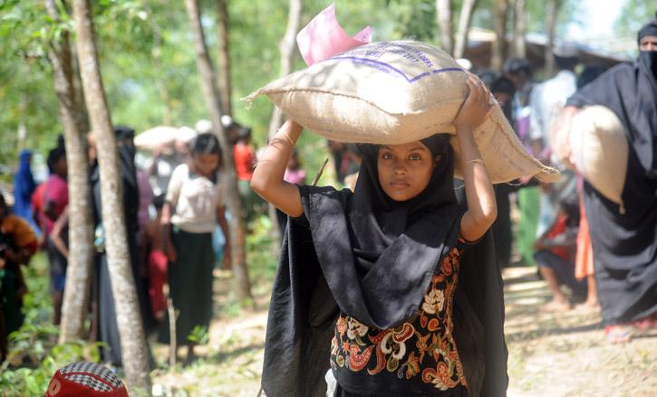 Rohingya Relief (1)
